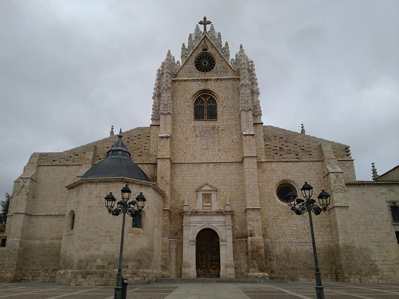 http://visitasguiadasoficiales.com/wp-content/uploads/2020/03/palencia-catedral-1.jpg